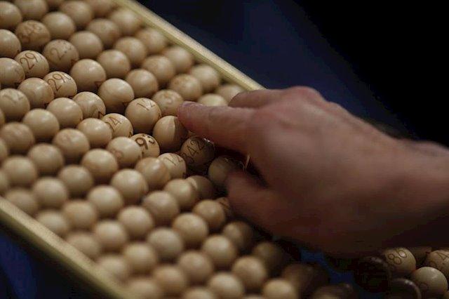 Cada castellano-manchego gastará más que la media nacional en comprar Lotería de Navidad