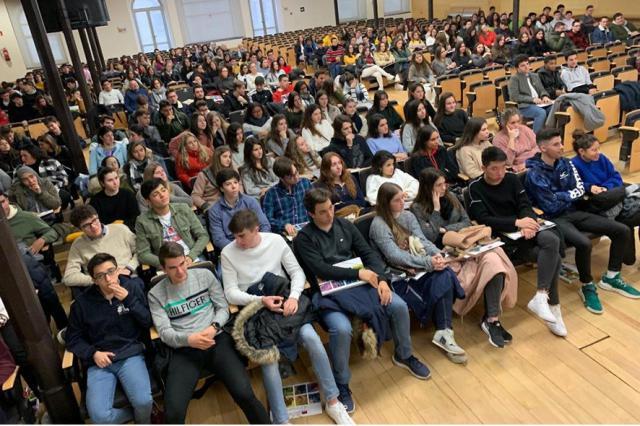 La UCLM inicia la campaña informativa a estudiantes preuniversitarios