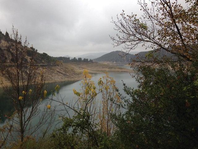 El Gobierno de CLM comienza a recabar las primeras firmas al documento de defensa del agua