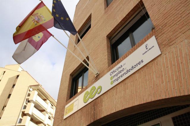 El número de desempleados sube en 6.415 personas en enero en Castilla-La Mancha
