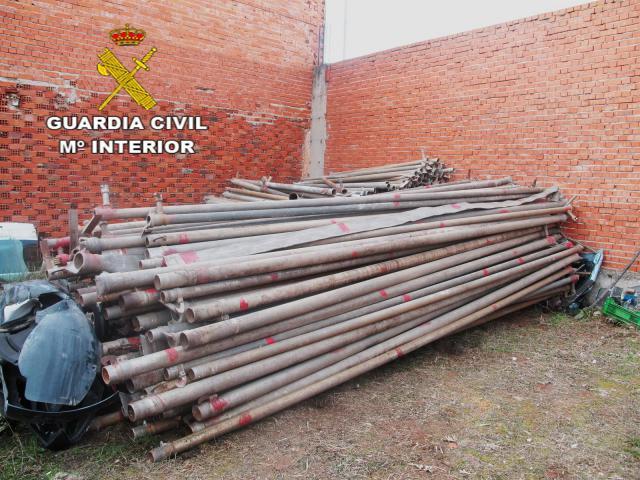 La Guardia Civil recupera 6,7 toneladas de tuberías robadas en explotaciones agrarias
