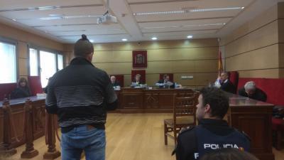 Condenado a 13 años el acusado de maltrato y de obligar a abortar a su pareja