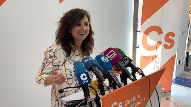 Cs CLM pide a Orlena de Miguel 'que se ocupe de otras cosas' y esta acepta, no se presentará las primarias