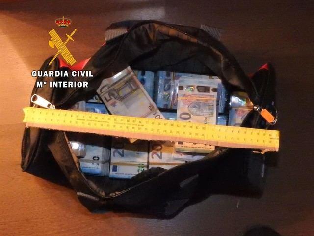 Desarticulan en Navalmoral de la Mata una banda que traficaba con drogas en todo el país
