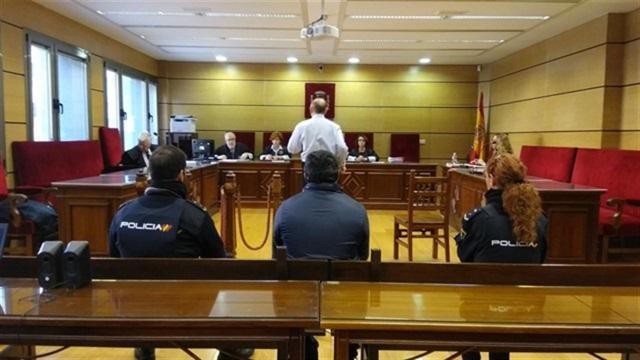 Condenan a 81 años de cárcel al padre que agredió sexualmente a sus hijas