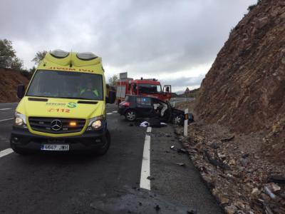 Herido grave un joven de 29 años tras la colisión de un turismo y un camión
