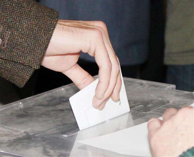 Un detenido en Herreruela de Oropesa por romper una urna tras votar