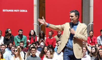Sánchez reprocha a PP haber abrazado 'sin rubor' las falacias de Vox en vez de combatirlas
