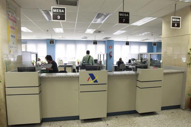 Más de 311.000 contribuyentes de CLM han presentado ya su declaración de la renta