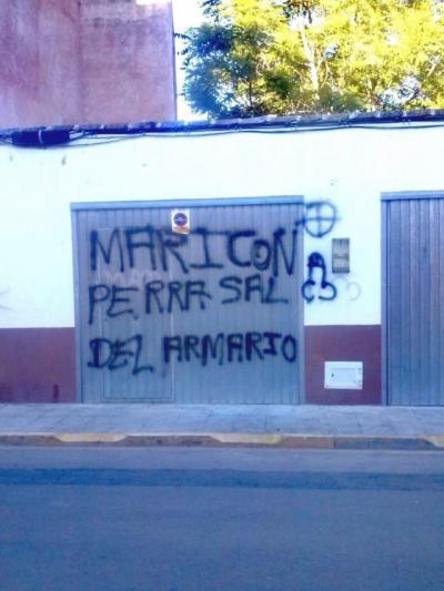 Denuncian las pintadas homófobas aparecidas en un municipio de la región