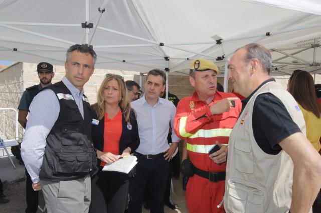 l delegado del Gobierno en C-LM, Francisco Tierraseca, visita el Puesto de Mando Avanzado del incendio que afecta a las provincias de Toledo y Madrid