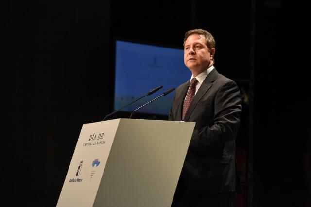 El presidente de CLM en funciones, Emiliano García-Page, en su intervención durante el acto institucional del Día de la Región