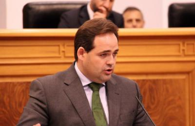 El presidente del PP en CLM, Paco Núñez, en el pleno de investidura de Page