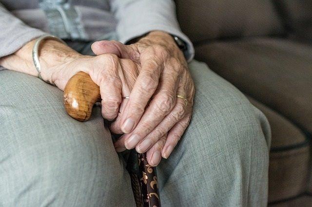 CORONAVIRUS | Más de 200 infectados pertenecen a 70 residencias de mayores