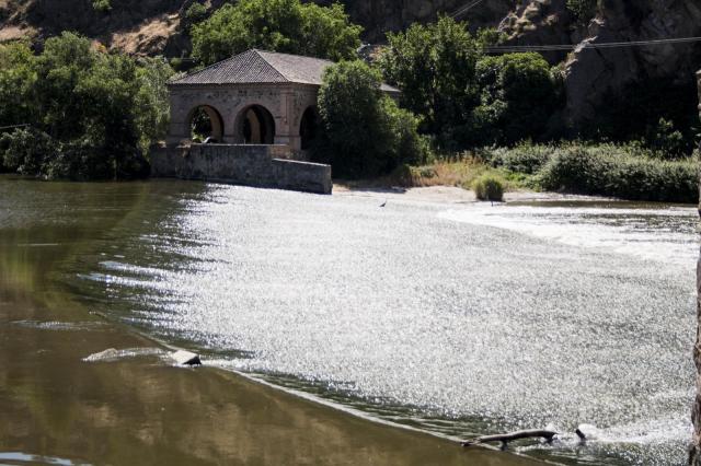 Encuentran un cadáver que estaba flotando en el río Tajo, a la altura de Toledo