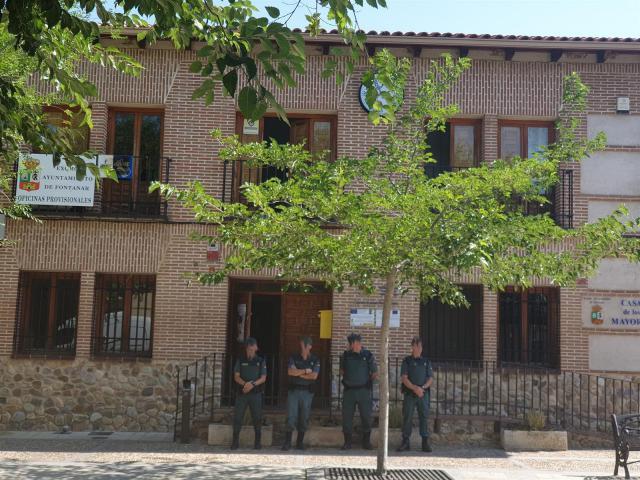 La Policía Judicial registra el Ayuntamiento de Fontanar