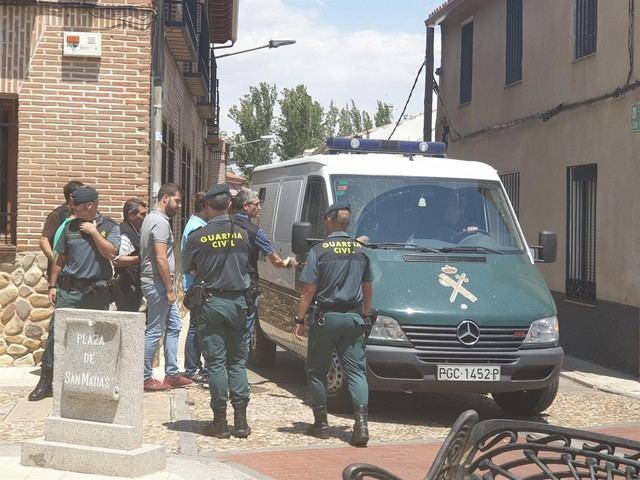 Detenido el alcalde de Fontanar tras 7 horas de registro en el Ayuntamiento