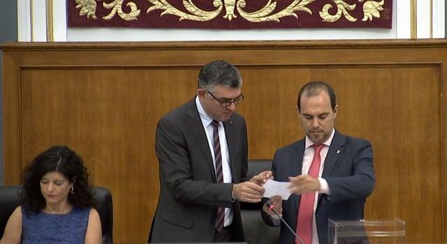 Momento de la votación en las Cortes
