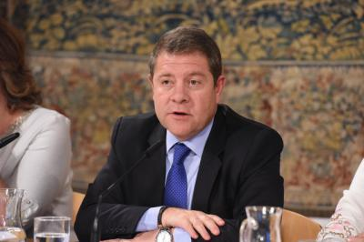 No habrá limitación de mandatos del presidente de CLM y los diputados recuperarán su sueldo