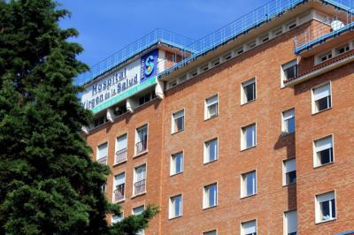 Trasladado al hospital Virgen de la Salud tras ser apuñalado en Toledo