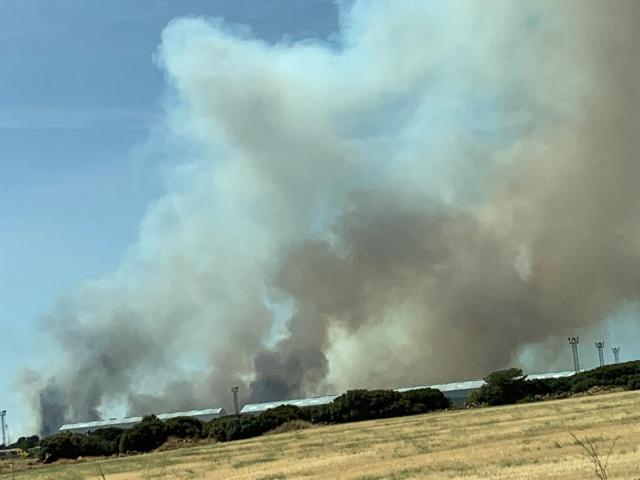La Unidad Militar de Emergencias se suma a las labores de extinción del incendio en Barchín del Hoyo