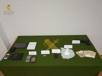 Detenido con cocaína, hachís y marihuana