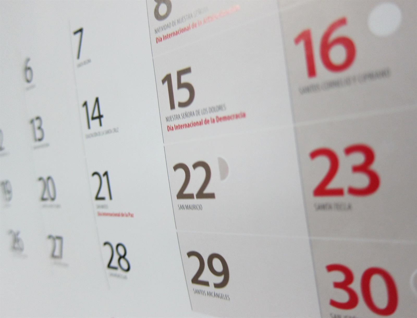 Calendario Diario 2020.Publicado El Calendario Laboral De Clm Para 2020 La Voz