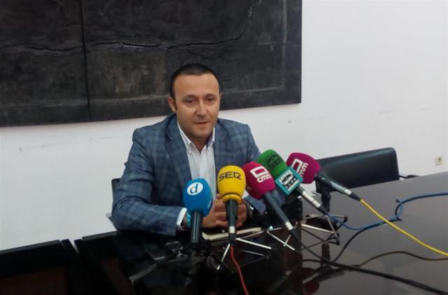 """Luis Miguel Núñez: """"La libertad de expresión no existe en Vox, es una seudo secta"""""""
