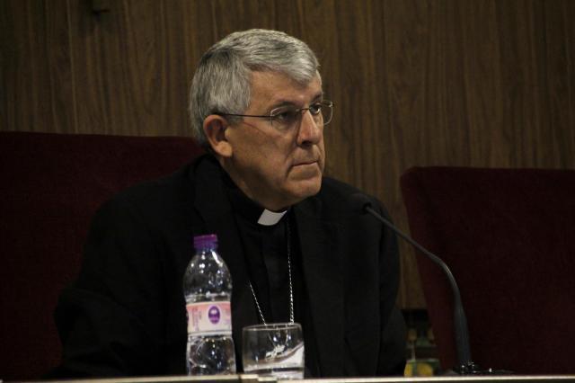 El arzobispo de Toledo: 'Decir que un hombre puede ser hombre o mujer cuando y como quiera es una mentira'