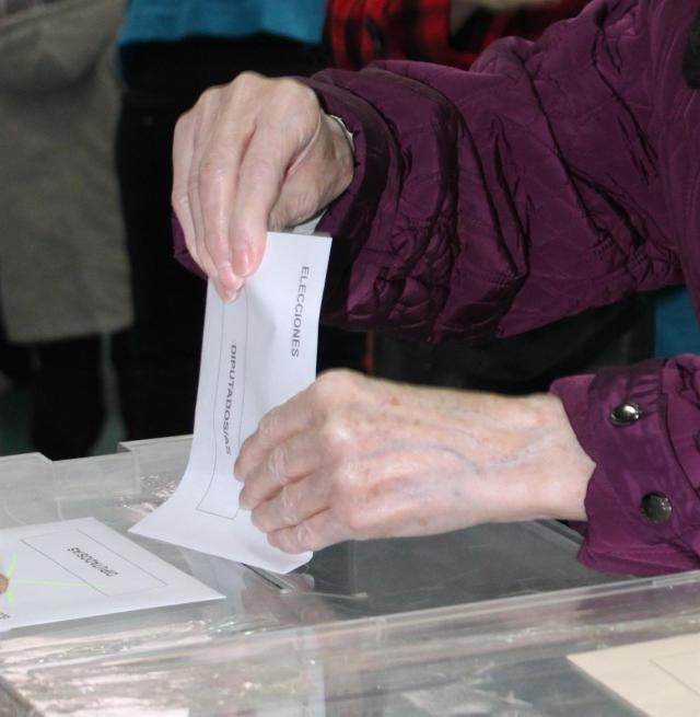 Un total de 1.573.256 castellanomanchegos están llamados a votar este 10-N