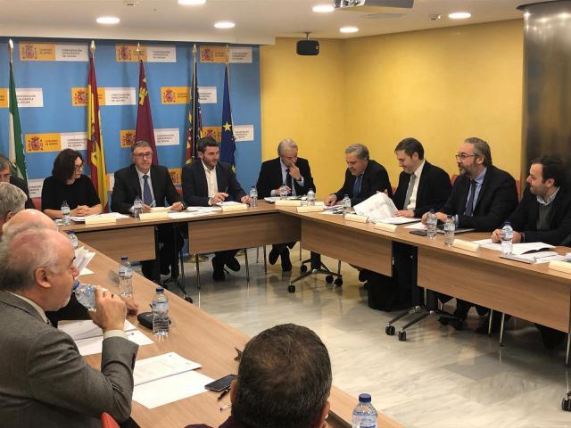 """Murcia denuncia que el Plan Director de CLM """"sentencia a muerte"""" el Tajo-Segura"""