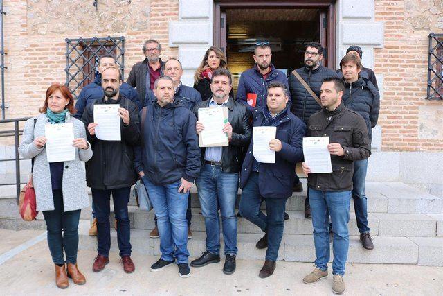 Sindicatos registran un escrito en las Cortes reclamando la retirada de la enmienda del PSOE sobre altos cargos. - UGT