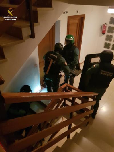 La Guardia Civil detiene a 17 personas por ofrecer un servicio de