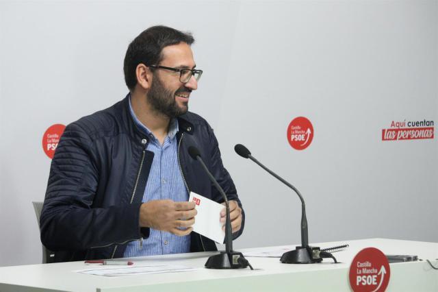 El PSOE CLM reclama a Núñez que defienda el fin del trasvase ante las declaraciones de Casado