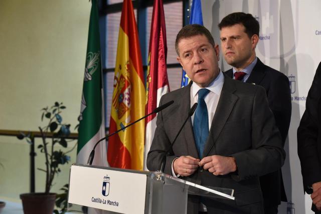 Page acusa al PP de 'favorecer los intereses mercenarios en Murcia'