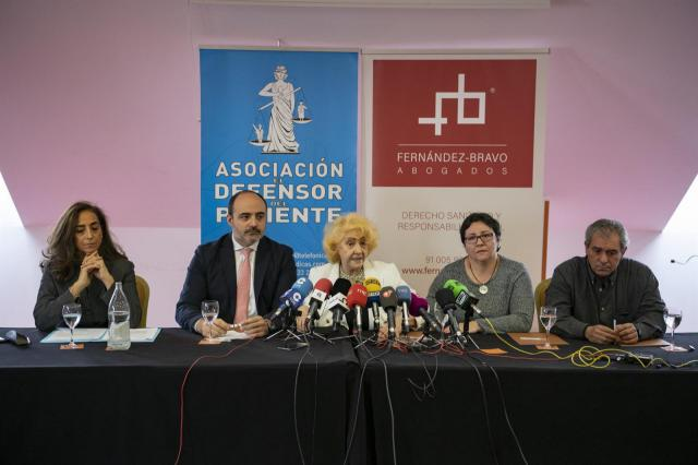 Rueda de prensa de la Asociación 'El Defensor del Paciente' en Ciudad Real. - EUSEBIO GACÍA DEL CASTILLO