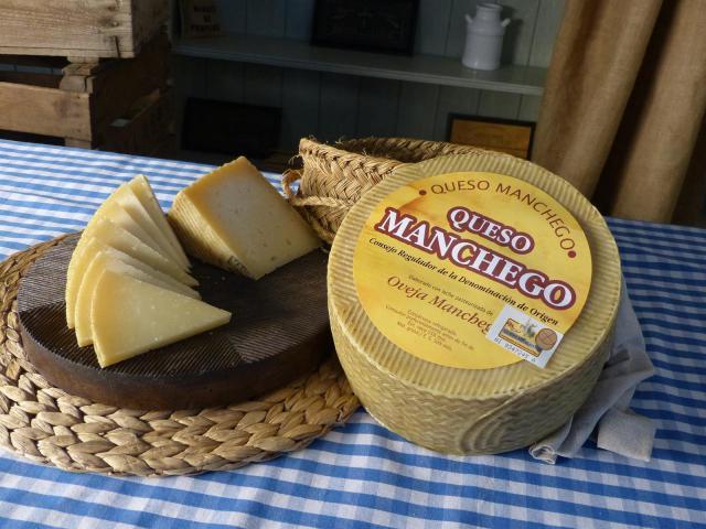 CLM promocionará el queso manchego con una campaña en Metro de Madrid