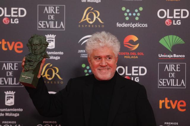 'Dolor y gloria', de Almodóvar, se impone en los Goya con siete premios y los galardones a Mejor película y dirección