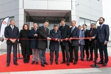 Inauguran la planta de la multinacional Bell Group en Fuensalida