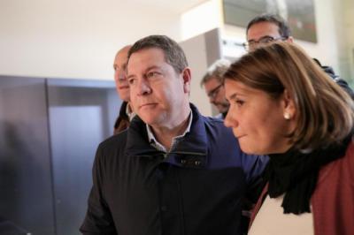 El Presidente de Castilla-La Mancha, Emiliano García-Page, en su llegada al Comité Federal del PSOE en Ferraz.