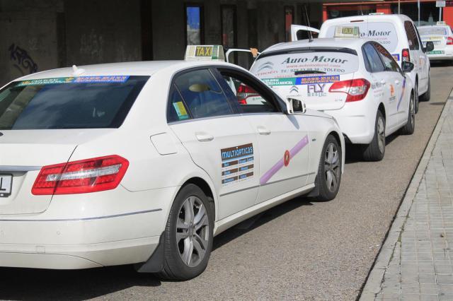 De nuevo la solidaridad del gremio del taxi