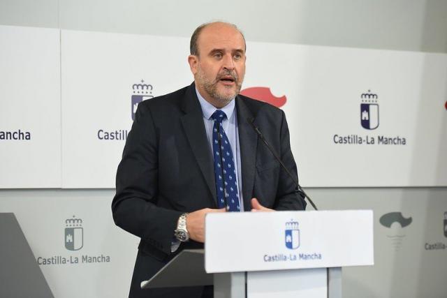 COVID-19 | CLM usará residencias de mayores que no estén en funcionamiento como apoyo a los hospitales