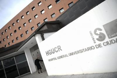 Coronavirus | CLM expide 300 tarjetas sanitarias diarias a desplazados madrileños