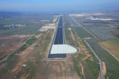COVID-19 | El aeropuerto Ciudad Real abre un corredor aéreo sanitario con China