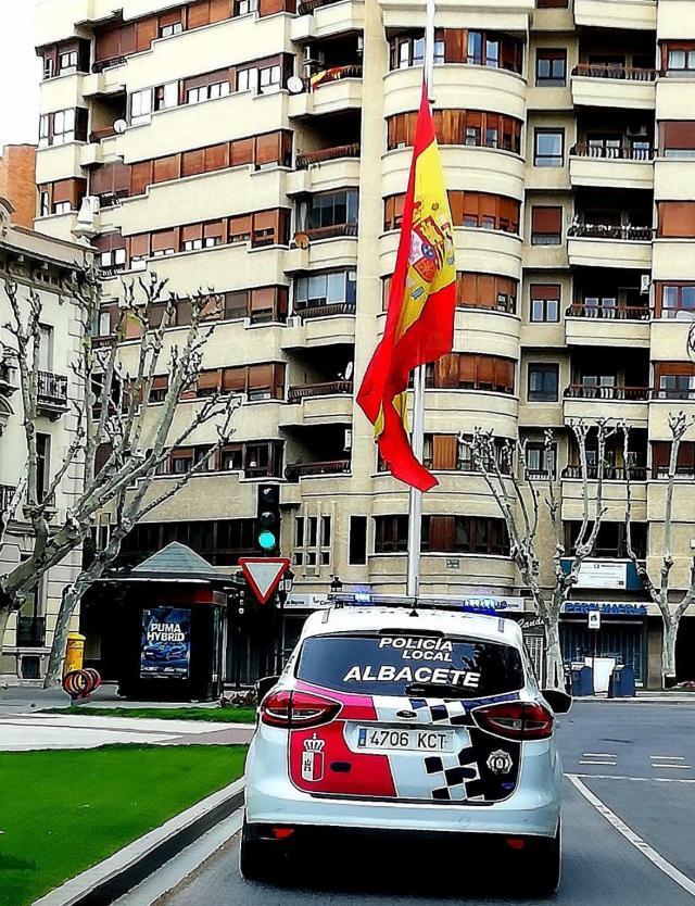 COVID-19 | Denuncian que el intendente jefe de Policía Local de Albacete prohibió a los agentes usar mascarilla