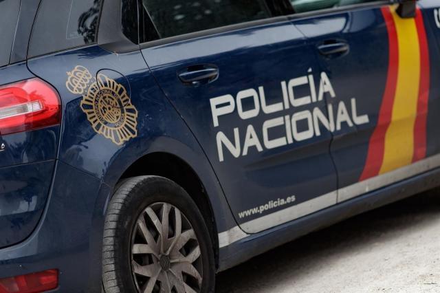 SUCESOS | Detenidos dos hermanos por agredir a un joven para robarle el móvil