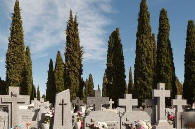 COVID-19 | Caen los enterramientos en mayo en CLM