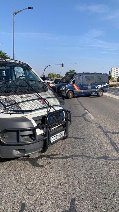 ÚLTIMA HORA   Activado dispositivo policial tras huir del IFAB varias personas confinadas