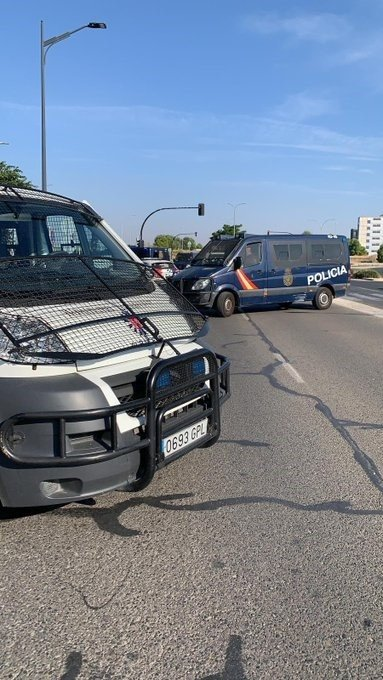 ÚLTIMA HORA | Activado dispositivo policial tras huir del IFAB varias personas confinadas