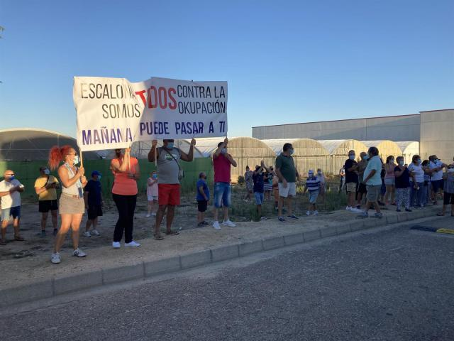 ESCALONA   La lucha contra los ocupas del pueblo